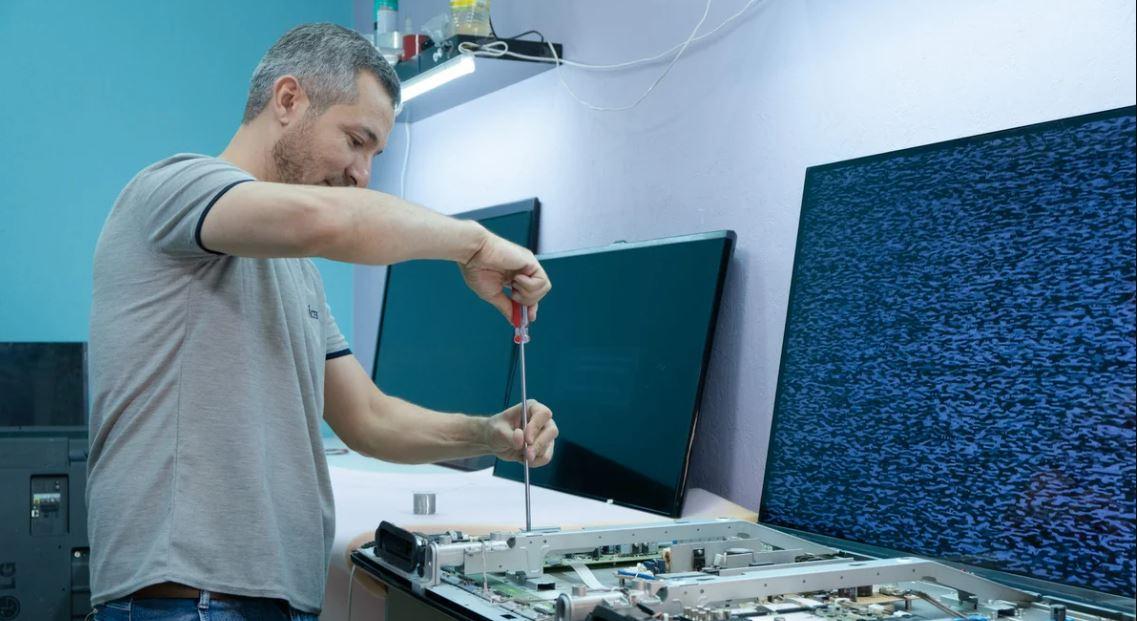 تعمیرات تلویزیون ایکس ویژن در منزل